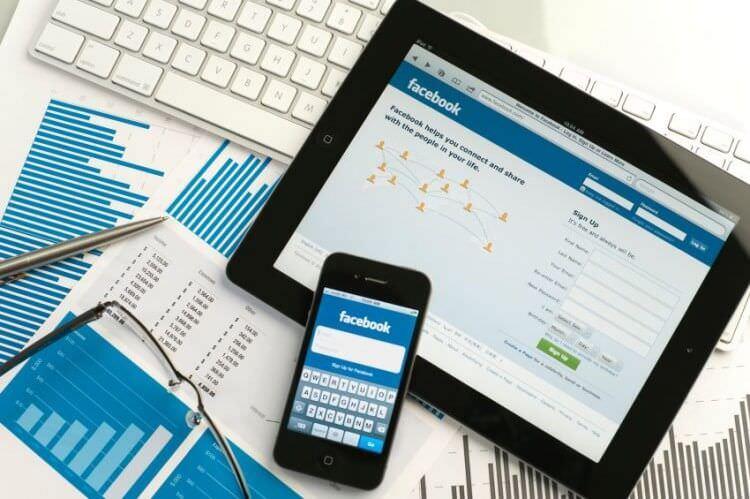 Violati i numeri di telefono su Facebook: i dati privati degli utenti finiscono online
