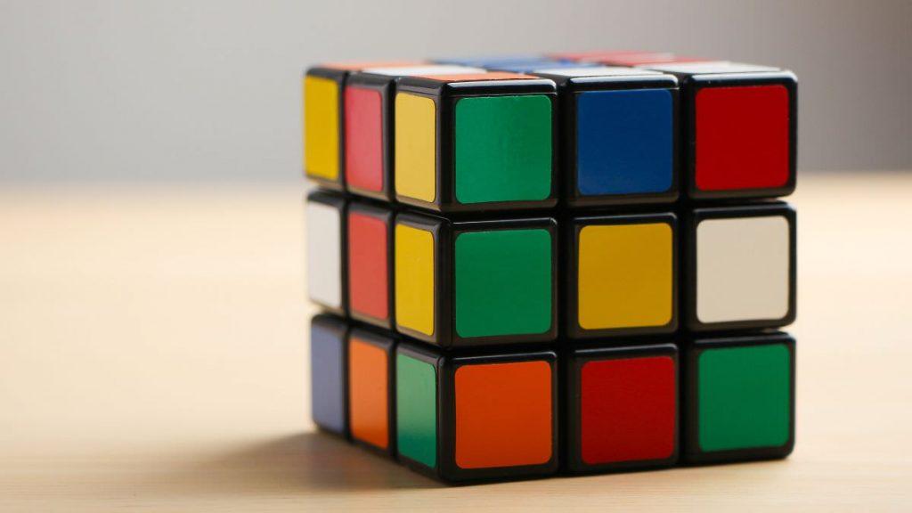 Cubo di Rubik: l'intelligenza artificiale è riuscita a risolverlo