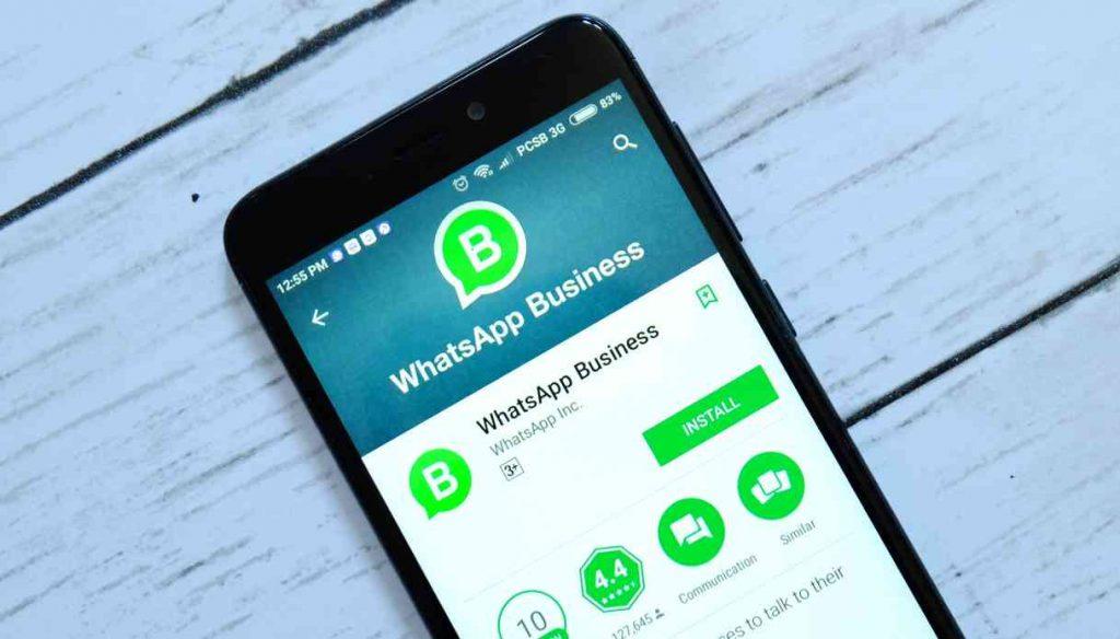 """WhatsApp: in arrivo la funzione """"Catalogo"""" per gli acquisti, direttamente in chat"""