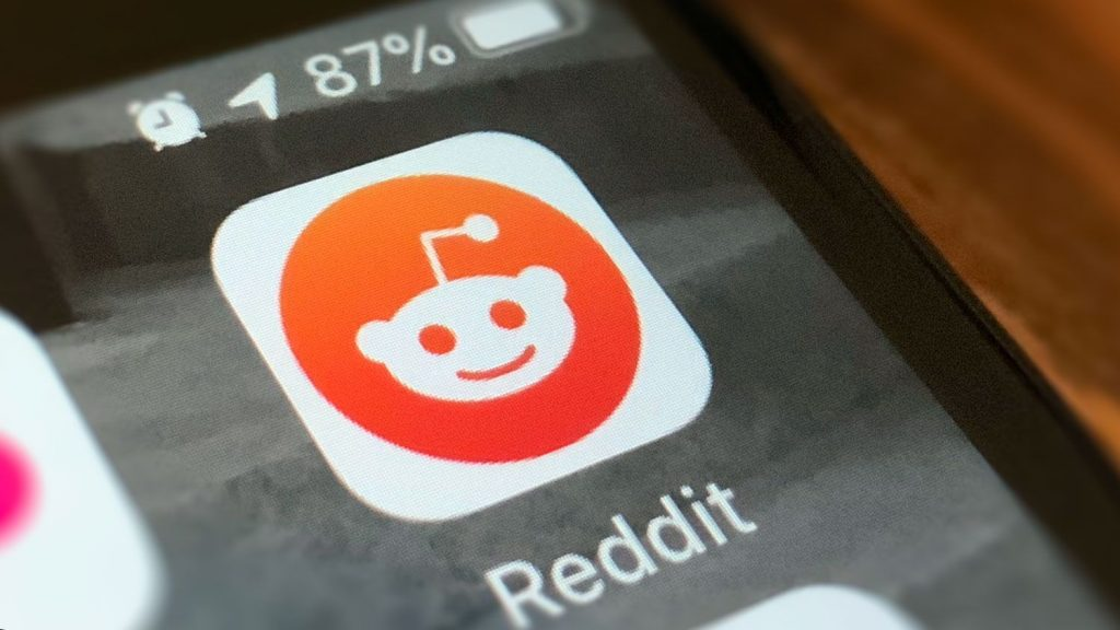 """Reddit """"Trending Takeover"""","""