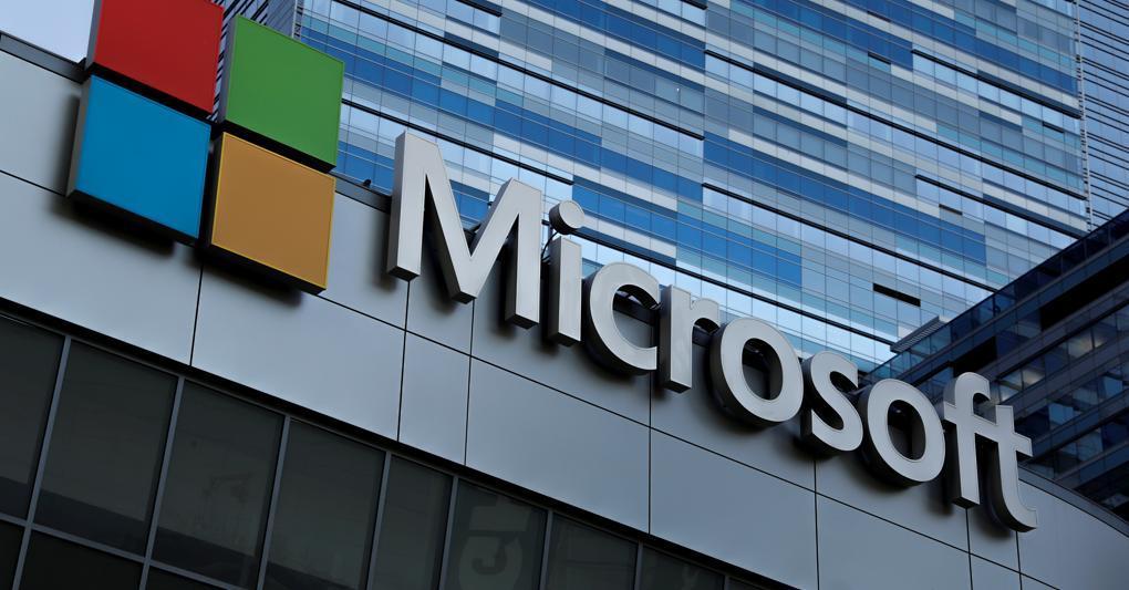 Stop advertising Microsoft su Facebook