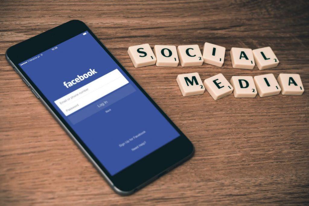 facebook aggiorna le condizioni di utilizzo