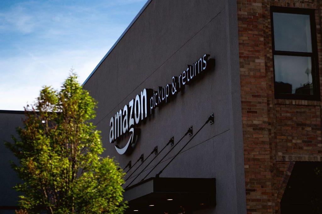 Amazon apre altri due centri in Italia
