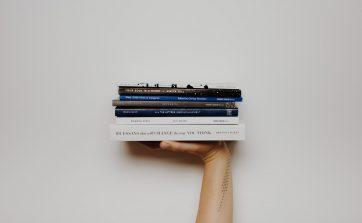 leggere libri d'arte per fare business